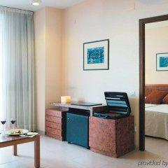 Отель Hesperia Sant Joan Suites удобства в номере