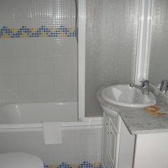 Отель Hostal Riesco ванная
