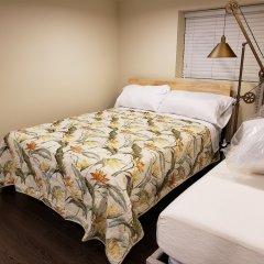 Отель LUXE Retreat at 8050 Kaymar Dr. Канада, Бурнаби - отзывы, цены и фото номеров - забронировать отель LUXE Retreat at 8050 Kaymar Dr. онлайн комната для гостей фото 3