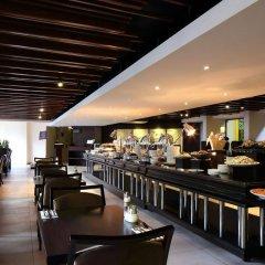 Отель Travelodge Harbourfront Singapore гостиничный бар