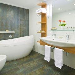 International Hotel ванная фото 2