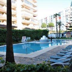 Отель Apartamento Sol del Mar Mediterraneo Фуэнхирола бассейн