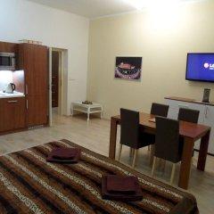 Апартаменты Apartments Verona Karlovy Vary комната для гостей фото 5