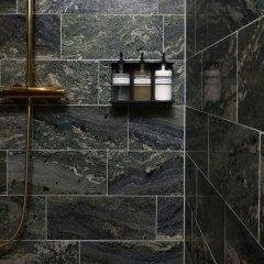 Отель Spinoza Suites Нидерланды, Амстердам - отзывы, цены и фото номеров - забронировать отель Spinoza Suites онлайн ванная