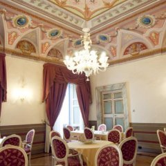 Cavaliere Palace Hotel Сполето интерьер отеля