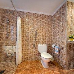 Отель Hostal Barcelona ванная фото 2