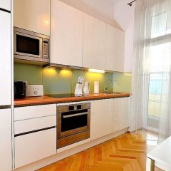 Апартаменты Vienna Residence Spacious & Tasteful Apartment in the 3rd District Вена в номере
