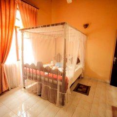Отель Frangipani Motel Шри-Ланка, Галле - отзывы, цены и фото номеров - забронировать отель Frangipani Motel онлайн комната для гостей фото 2