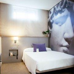 Отель Globales Acis & Galatea сейф в номере