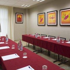 Отель Holiday Inn Express Bilbao Испания, Дерио - отзывы, цены и фото номеров - забронировать отель Holiday Inn Express Bilbao онлайн помещение для мероприятий фото 2