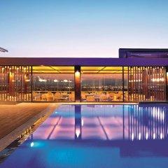 Отель Wyndham Grand Athens Греция, Афины - 1 отзыв об отеле, цены и фото номеров - забронировать отель Wyndham Grand Athens онлайн бассейн фото 2