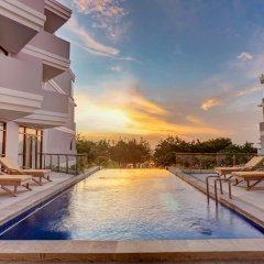 Отель Wyndham Garden Kuta Beach, Bali бассейн