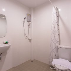 Отель Krabi Inn & Omm Hotel Таиланд, Краби - отзывы, цены и фото номеров - забронировать отель Krabi Inn & Omm Hotel онлайн ванная