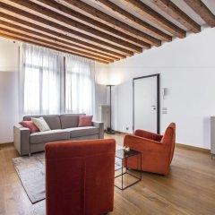 Отель Erbaria Boutique Apartment R&R Италия, Венеция - отзывы, цены и фото номеров - забронировать отель Erbaria Boutique Apartment R&R онлайн комната для гостей фото 5