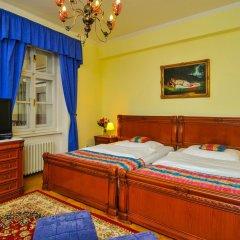 Отель Josephine Old Town Square Hotel Чехия, Прага - отзывы, цены и фото номеров - забронировать отель Josephine Old Town Square Hotel онлайн комната для гостей фото 2