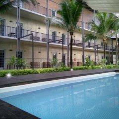 NY TH Hotel бассейн фото 2