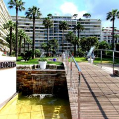 Le Grand Hotel Cannes Канны приотельная территория фото 2