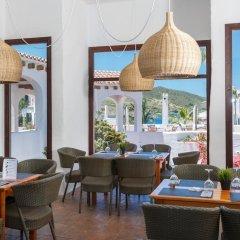 Отель Carema Garden Village гостиничный бар