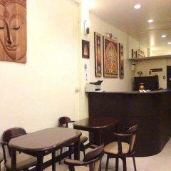 Naturbliss Bangkok Transit Hotel Бангкок гостиничный бар