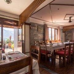 Отель Tulsi Непал, Покхара - отзывы, цены и фото номеров - забронировать отель Tulsi онлайн питание