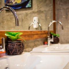Отель Bubble Space Hostel Таиланд, Бангкок - отзывы, цены и фото номеров - забронировать отель Bubble Space Hostel онлайн ванная