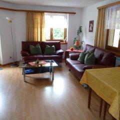 Отель Chesa Grischa Швейцария, Санкт-Мориц - отзывы, цены и фото номеров - забронировать отель Chesa Grischa онлайн комната для гостей фото 3