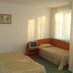Отель Astra Болгария, Равда - отзывы, цены и фото номеров - забронировать отель Astra онлайн комната для гостей фото 3