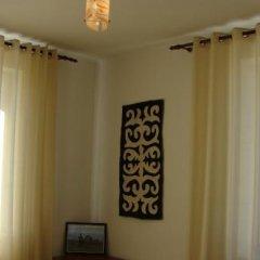 Отель Teskey B&B Кыргызстан, Каракол - отзывы, цены и фото номеров - забронировать отель Teskey B&B онлайн комната для гостей фото 4