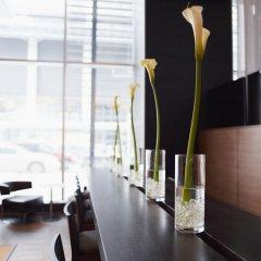 Отель le Germain Maple Leaf Square Канада, Торонто - отзывы, цены и фото номеров - забронировать отель le Germain Maple Leaf Square онлайн питание
