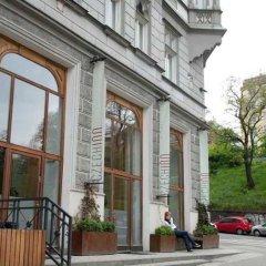 Отель Czech Inn Hostel Чехия, Прага - 7 отзывов об отеле, цены и фото номеров - забронировать отель Czech Inn Hostel онлайн вид на фасад