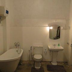 Отель Atapattu Walawwa Galle ванная