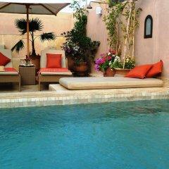 Отель Riad Viva бассейн