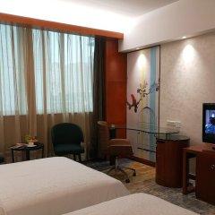 Sino Hotel Guangzhou комната для гостей фото 5