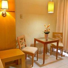 Отель Crown Regency Residences - Cebu комната для гостей