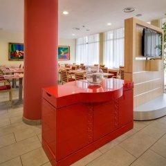 Отель Holiday Inn Express Parma Парма интерьер отеля фото 3