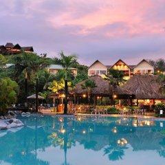 Отель Outrigger Fiji Beach Resort бассейн фото 5