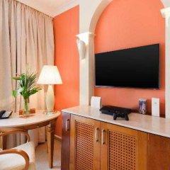 Отель The St. Regis Mardavall Mallorca Resort удобства в номере