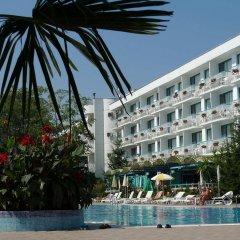 Zefir Hotel бассейн