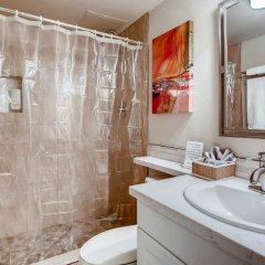 Отель Penthouses at Jockey Club США, Лас-Вегас - отзывы, цены и фото номеров - забронировать отель Penthouses at Jockey Club онлайн ванная фото 2