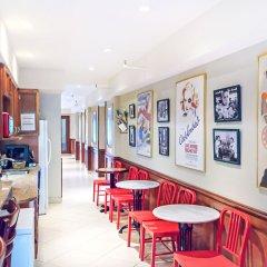 Отель Chelsea Pines Inn США, Нью-Йорк - отзывы, цены и фото номеров - забронировать отель Chelsea Pines Inn онлайн гостиничный бар