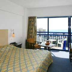 Navarria Hotel in Limassol, Cyprus from 91$, photos, reviews - zenhotels.com guestroom photo 2