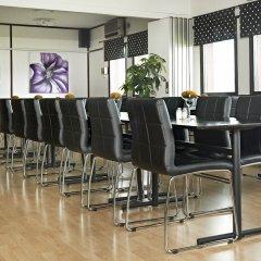 Отель Surte Швеция, Сурте - отзывы, цены и фото номеров - забронировать отель Surte онлайн помещение для мероприятий
