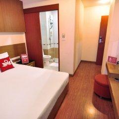 Отель ZEN Rooms Surawong комната для гостей