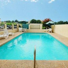 Отель Econo Lodge Vicksburg США, Виксбург - отзывы, цены и фото номеров - забронировать отель Econo Lodge Vicksburg онлайн бассейн