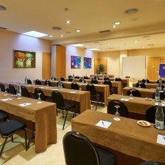 Отель NH Porta Barcelona Испания, Сан-Жуст-Десверн - отзывы, цены и фото номеров - забронировать отель NH Porta Barcelona онлайн помещение для мероприятий фото 2