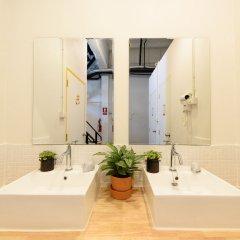 Warm White Hostel ванная