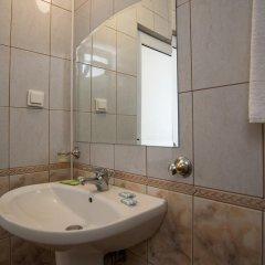 Отель Nassi Hotel Болгария, Свети Влас - отзывы, цены и фото номеров - забронировать отель Nassi Hotel онлайн ванная