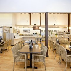 Отель La Siesta Salou Resort & Camping гостиничный бар