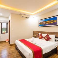 Отель The Lit Villa Хойан комната для гостей