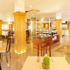 Отель Liberty Hotel Saigon Parkview Вьетнам, Хошимин - отзывы, цены и фото номеров - забронировать отель Liberty Hotel Saigon Parkview онлайн гостиничный бар